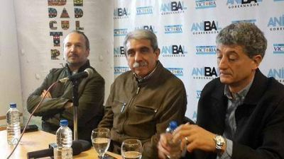 Insólito: el intendente Barrera gana más que el presidente de la nación