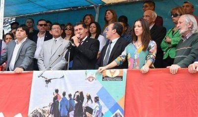 Sergio Casas manifestó que no permitirá que los Intendentes sufran el escarnio de quienes denuestan a La Rioja
