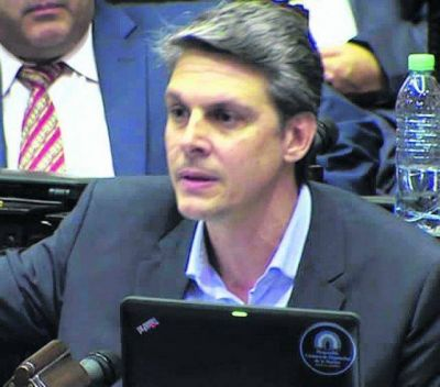 Alejandro Grandinetti acusó al gobierno por un pacto en Malvinas