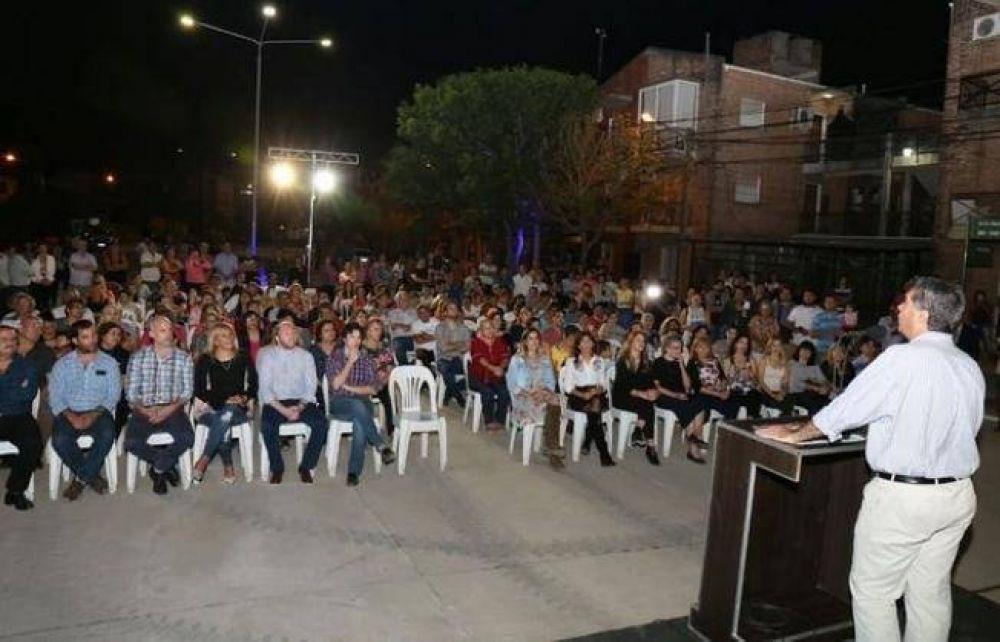 Capitanich inauguró el pavimento de la avenida Evaristo Ramírez