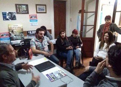 La candidata nacional Zamarreño, con Luciano Lescano y el Frente Cumplir Necochea