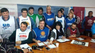 Fuerte unidad gremial: las dos CTA exigieron un aumento y anunciaron protestas