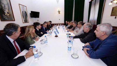 La CGT se reunió con diputados y senadores en el despacho de Miguel Ángel Pichetto