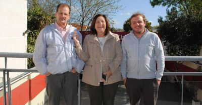 Con duras críticas al oficialismo, debatieron candidatos a concejal