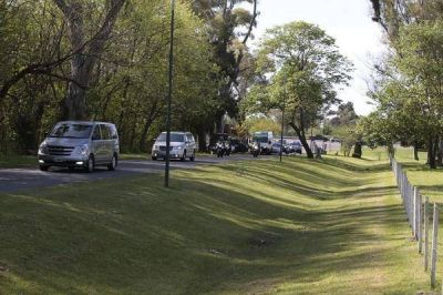 Mauricio Macri y Barack Obama juegan al golf en Bella Vista