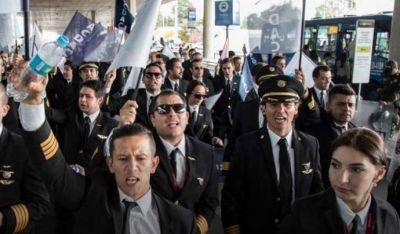 Colombia: declaran ilegal la huelga de los pilotos de Avianca