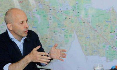 Ducoté contra las críticas: le pidió a los opositores que salgan a ver la obras