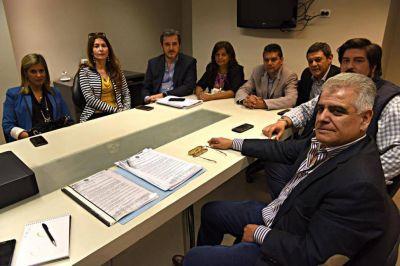 Concejales cruzan acusaciones por el reparto de ayudas sociales