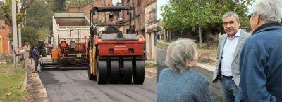 El intendente Alfaro supervisó obras de pavimentación en el barrio Juan Pablo II