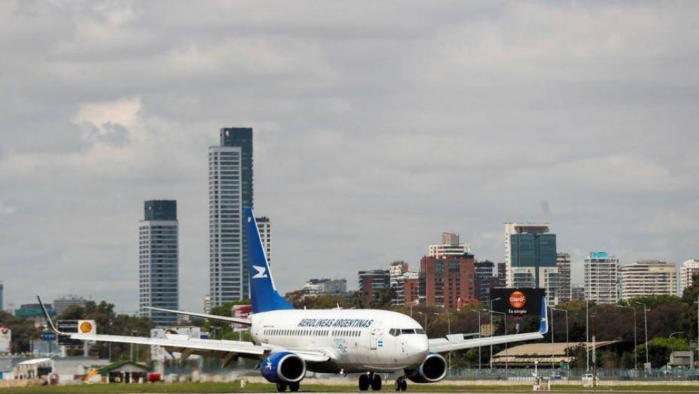 Se complica la paritaria aeronáutica y podría haber problemas con los vuelos