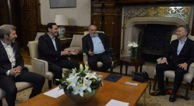 El gobernador electo de Corrientes cruzó el reclamo de Vidal por el fondo del Conurbano