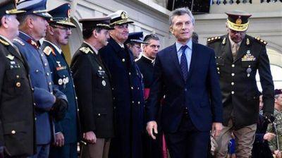 El Gobierno trabaja en una reestructuración de las Fuerzas Armadas
