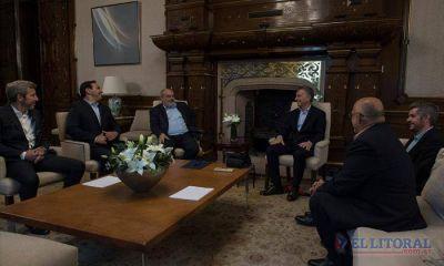 """Macri felicitó a Valdés por el triunfo y hablaron de un """"federalismo maduro"""""""