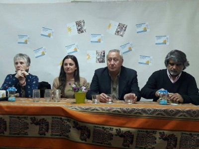 "Correa: ""Nos quieren llevar a un pre-peronismo, a un país agro-exportador"""