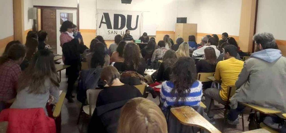 Los docentes llegaron a un acuerdo con la UNSL y levantaron el paro de este jueves