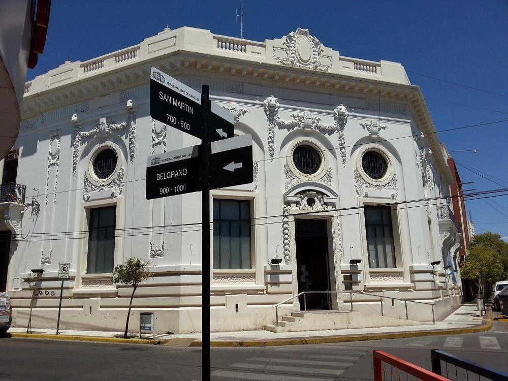 """Concejal advierte que la Municipalidad quiere aumentar las tasas """"más del 80 por ciento"""""""
