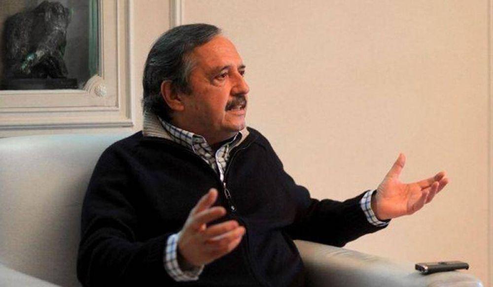 Alfonsín pide que los radicales voten a Lousteau