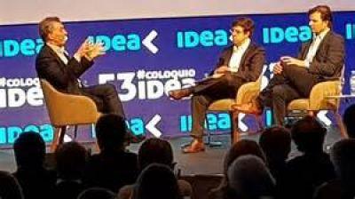 Macri afirmó ante empresarios que avanzará con la reforma laboral