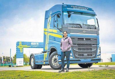 Las camioneras denuncian que las grandes empresas las discriminan