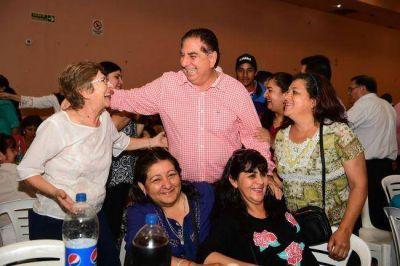 Jorge Jofré compartió un multitudinario encuentro con los docentes