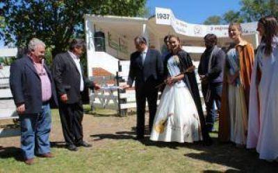 Dolores: Con Etchevarren a la cabeza, se inauguró la XIX Exposición Rural local