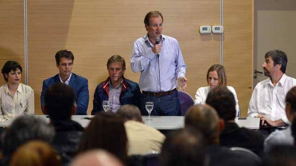 Bordet anunció que el PJ cierra campaña el jueves en Paraná