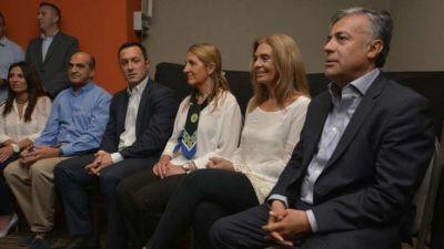 """Camino a las elecciones con cierres de campaña suspendidos y algunos """"camuflados"""""""