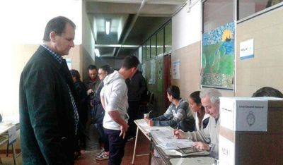 Alejandro Martínez denunció requisas dentro de los establecimientos