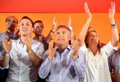 Contundente victoria oficialista que avala la gestión de Cornejo