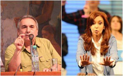 """Schmid le recomendó a CFK """"un gesto de grandeza y convocar a la unidad del peronismo"""""""
