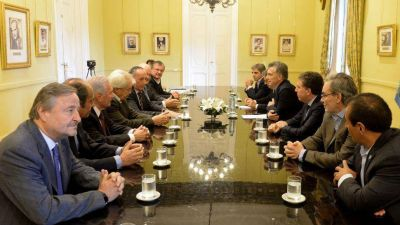 El G6 busca consenso para aportar su agenda al diálogo convocado por el Gobierno