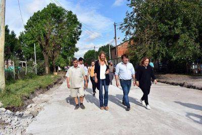 Recorrida por las obras que se llevan adelante en el barrio Güemes