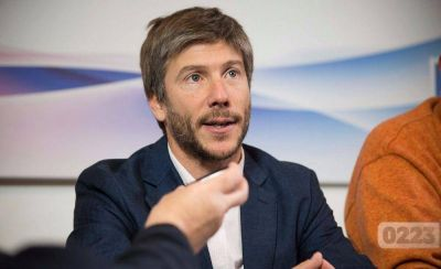 Bonifatti responsabilizó a Pulti y Artime por el 4,05% de Acción Marplatense