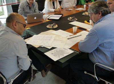 Diseñan plan integral de acción dominial entre el municipio y la provincia