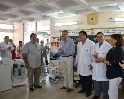 El gobierno provincial entregó a la salud pública más de $4 millones en modernos equipos médicos