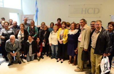 El Municipio entregó un nuevo subsidio a los Centros de Jubilados de San Fernando
