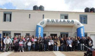 El SUTIAGA Bahía Blanca entregó 194 viviendas
