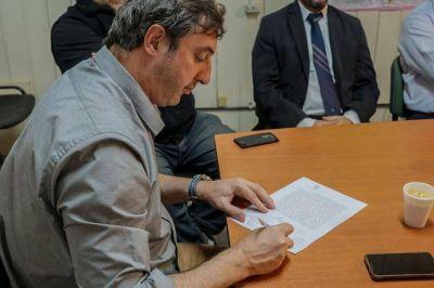 Firmaron un convenio de emergencia agropecuaria