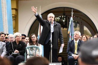 La semana negra del intendente de Chascomús: derrota electoral, interpelación y marcha de médicos