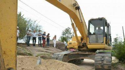 Una inversión de tres millones para dar agua a mil vecinos de Villa del Lago
