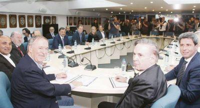 Mientras rearman PJ, los gobernadores se suben precio ante Casa Rosada