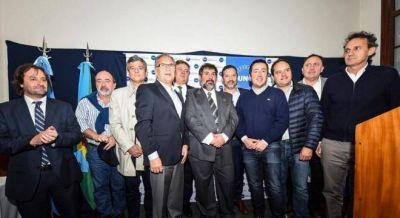 Katopodis volvió al grupo de intendentes peronistas tras su fracaso con Randazzo