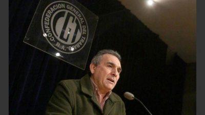 La CGT juega obligada a defender y perder por poco ante las reformas