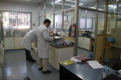 Formosa destina recursos propios a comprar gama de reactivos y medicamentos especiales