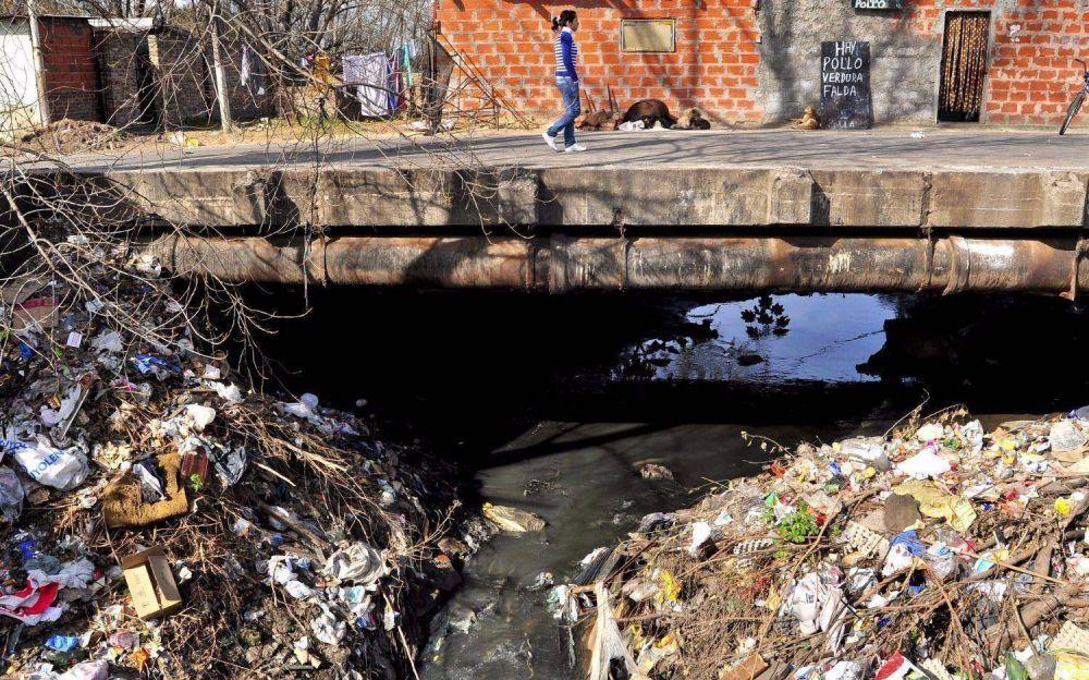 Descubrimiento argentino podría ayudar a sanear las aguas contaminadas con cromo