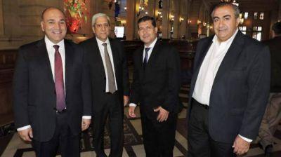 José Emilio Neder asistió a la reunión convocada por el presidente Macri en el CCK