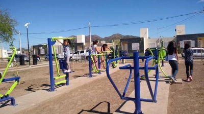 Inauguraron nuevas plazas comestibles en Juana Koslay