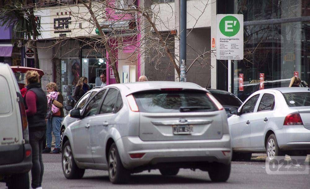 Estacionamiento medido: primer cortocircuito entre el arroyismo y la UCR tras las elecciones