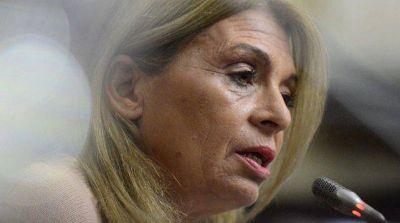 Laura Montero contra el impuesto al vino:
