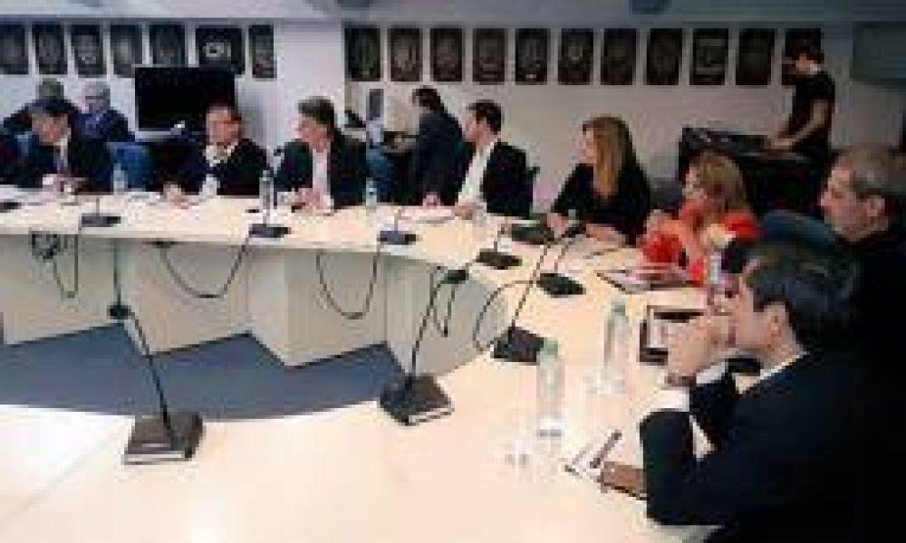 """""""Las provincias del PJ nos vemos avanzados por el poder central"""""""